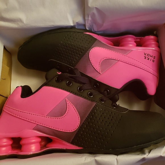 New women's Nike Shox Deliver Size 8.5